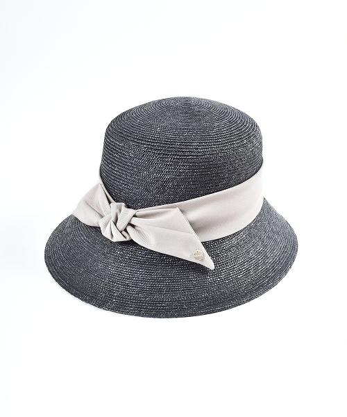Chapeau d' O Straw Braid Cloche